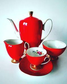 """Serwis kawowy """"Regina"""" Zakładu Porcelany i Porcelitu w Chodzieży Decoration, Tea Time, Tea Pots, Interior Design, Coffee, Chocolate Pots, Poland, Posters, China"""