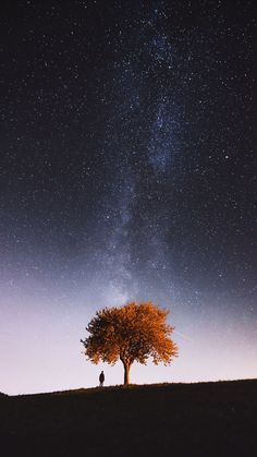 Must See Places on Lake Garda, Italy, Including Monte Baldo Photography & Travel is part of Sky photography - Starry Night Sky, Night Skies, Sky Night, Cool Landscapes, Beautiful Landscapes, Beautiful Sky, Beautiful Images, Night Photography, Nature Photography