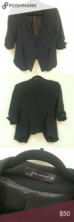 ZARA Turn Up Sleeve Blazer Very stylish and comfortable Zara Women blazer in great used condition. No fading, no tears, all buttons are there! The sleeves are a scrunched style.  Reasonable offers considered! No trade offers please! Consider my bundle option! Thanks for looking! Zara Jackets & Coats Blazers