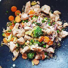 Fisk – meglerfru1 Pasta Salad, Cobb Salad, Squash, Chili, Ethnic Recipes, Crab Pasta Salad, Pumpkins, Gourd, Chile