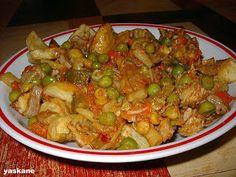 Ágnes:) szakácskönyve: Nagykőrösi aprópecsenye Kung Pao Chicken, Meat Recipes, Food And Drink, Dishes, Vegetables, Ethnic Recipes, Easy, Kitchen, Blog