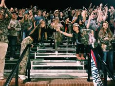 football game with bff<br> Hs Football, Football Spirit, Football Themes, Football Outfits, Football Season, High School Games, High School Football Games, High School Life, School Fun