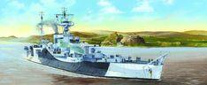 Algo un poco más grande... Monitor HMS Acrombie, clase Roberts, 7.850 t, 12 nudos, armado con dos piezas de 381 mm (originalmente previstas para el HMS Furious), con un blindaje en la torre de 330 mm, de 203 en la barbeta y una cintura acorazada de 137. Comisionado en Mayo de 1943, fue trasladado al Mediterráneo, donde participó en el bombardeo de Gela durante la invasión de Sicilia y de Salerno, donde chocó con una mina que le obligó a ser reparado en Taranto. Durante unos ejercicios cerca…