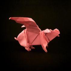 An Origami Winged Pig (Joseph Wu) #origami #pig #flyingpig