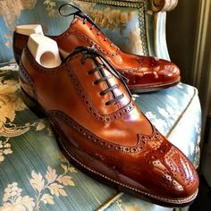 Alligator shoes and men's alligator boots, loafers, sneakers for sale, all our genuine alligator skin shoes are handcrafted by professional craftsmen. Sock Shoes, Women's Shoes, Shoe Boots, Formal Shoes, Casual Shoes, Leather Men, Leather Shoes, Gentleman Shoes, Best Shoes For Men