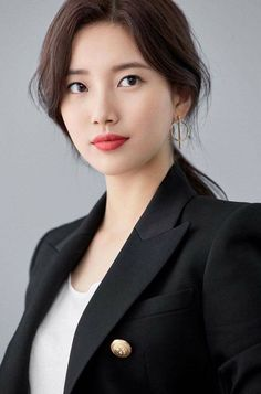 Suzy for Lancome 'Teint Idole Ultra Wear' Collection. Beautiful Girl Image, Beautiful Asian Girls, Most Beautiful, Pretty Girls, Korean Beauty, Asian Beauty, Miss A Suzy, Bae Suzy, Korean Actresses