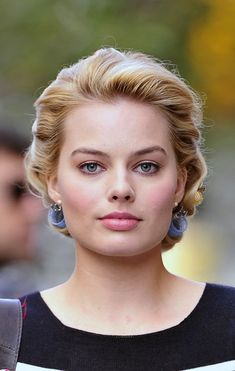 It's silly but I love Margot Robbie's Eyebrows. I'm even letting my own grow in so I can shape them more like this. :P