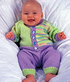 Happy Baby - Knitted Baby Set.. Free pattern