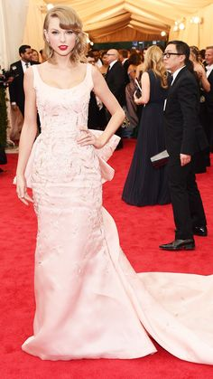 2014 Met Gala Red Carpet - Taylor Swift from #InStyle