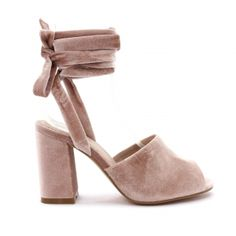 2e581ab4a3b 17 Best Shoes  Betts images