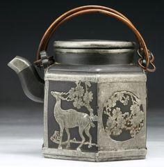 A Chinese Yixing Zisha Teapot : Lot 139 Chocolate Pots, Chocolate Coffee, Deco Paint, Yixing Teapot, Tea Culture, Chinese Tea, Tea Service, Antique Metal, Cup And Saucer