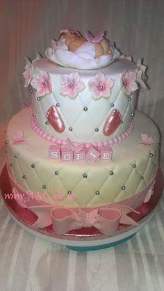 Girl Christening, Facebook, Cake, Desserts, Food, Pie Cake, Meal, Girl Baptism, Cakes