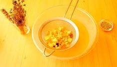 Sirop de GHIMBIR, CIMBRU și BUSUIOC, cu miere, la rece (video) | La Taifas Health Care, Syrup, Plant, Health