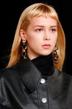 Stella McCartney FW17 big earrings/statement earrings
