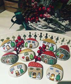 ⛄ #yilbasihediyesi #siparis #tasboyama #paintingstone #christmas #love #instalike #instadesign Reposted Via @tasdanbysibel