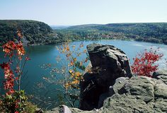 Rock formation looking over the lake at Devil's Lake State Park.