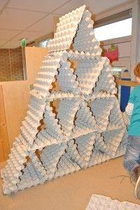 bouwen met eierdozen