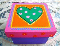 Caja Corazón by rebeca maltos, via Flickr