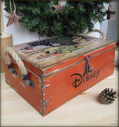 Декупаж - Сайт любителей декупажа - DCPG.RU | Новогодние игрушки №21 Короб с елочными шарами «Старый-добрый Микки)))»