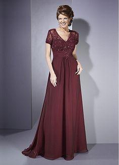 Acho muito bonito vestido de manguinha...