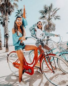 10 Best Vacation Spots If Your Missing The Warm Weather - Bff Pictures Bff Pics, Photos Bff, Cute Friend Pictures, Friend Photos, Travel Photos, Travel Pictures, Sister Pics, Cute Photos, Shooting Photo Amis