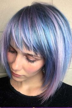 28 Trendy Ideas To Flaunt With Modern Pageboy Haircut Pastel Colors Side Swept Bangs Haircuts For Medium Hair, Short Hair Cuts, Medium Hair Styles, Short Hair Styles, Edgy Bob Haircuts, Vintage Hairstyles, Bob Hairstyles, Straight Hairstyles, Pageboy Haircut