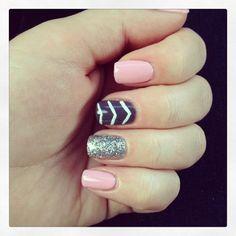 Chevron gel manicure Love polish | Nail gel manicure