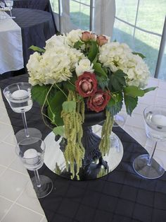 Table Center by The Floral Fixx http://www.thefloralfixx.ca