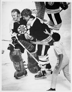 Bruins goalie Gerry Cheevers embraces Bobby Orr after Orr's goal. May 1970 Credit: Frank O'Brien Bobby Orr, Boston Bruins Hockey, Stanley Cup Finals, Ice Hockey, Nhl, Things To Come, Dinner Healthy, Baseball Cards, Childhood Memories