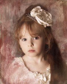 Piper - age 4 #marisacain #piper #pipercain #bookaface #modeling #model #phoenixphotographer #phoenixphotography #phoenix #arizona #scottsdale #fountainhills #tempe #anthem #mesa #marisacain #marisacainphotography #fineart #childart #childphotography #childphotographer #child #children #highfashion #childfashion #childmodeling #boutiquemodel #bookafacemodels #childmodel #kidmodel #boutiquemodel #boutiquestyle #childmodelmagazine