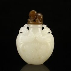 China Hetian Jade Double Ears Phoenix Head Snuff Bottle 中國 和田玉 雙耳鳳頭 鼻煙壺