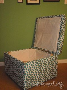 Plan to make a ottoman for the end of the bed to store comforters/blankets  DIY Storage Ottoman