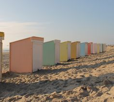 Dutch beachhouses (every summer...)
