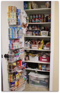 Pantry door organizer - this will totally work for my pantry!