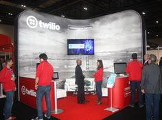 Ideas on how to achieve seamless graphic displays with a professional off the shelf exhibition display system. #tensionfabric #shellschemepro #fabricexhibitionstands