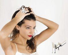 Wear the glamorous La Fleur de la Connaissance and disclose the beauty. #MaquetteRings