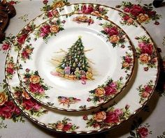 Royal Albert OLD COUNTRY ROSES, Christmas                                                                                                                                                     More