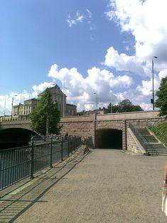 Finland, Sidewalk, Louvre, Building, Travel, Historia, Viajes, Side Walkway, Buildings