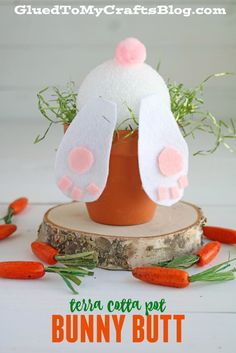 Super Easy Terra Cotta Pot Bunny Butt Craft Tutorial For Easter Flower Pot Crafts, Clay Pot Crafts, Bunny Crafts, Glue Crafts, Crafts To Do, Diy Crafts, Rabbit Crafts, Diy Clay, Spring Decoration