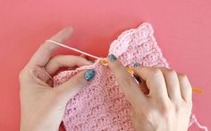 Crochet Stitches For Beginners How to Crochet the Shell Stitch for Beginners by Persia Lou - Learn how to crochet the Shell Stitch with this step-by-step photo tutorial. This pretty stitch is simple to learn and great for many different projects. Different Crochet Stitches, Easy Crochet Stitches, Crochet Shell Stitch, Afghan Crochet Patterns, Crochet Basics, Crochet Afghans, Baby Patterns, Crochet Hooks, Double Crochet