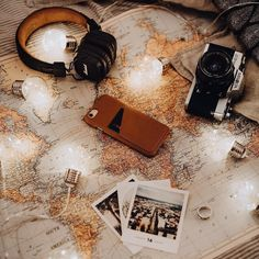 Global - by @denniemaxpfau - Leather Wallet Case for iPhone - available on mujjo.com or through resellers worldwide. #mujjo