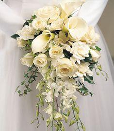Kauai Wedding flowers - Hawaii bridal bouquets and tropical flower