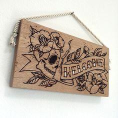 Placa Welcome Dia de los Muertos: Pirografia + pintura em madeira