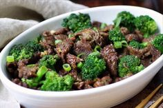 Paleo Beef with Broccoli friendly) recipe: Paleo beef with broccoli. and Keto beef with broccoli. Paleo asian food better than takeout. Simple and easy paleo chinese food. Perfect for make ahead meals ! Keto Beef And Broccoli Recipe, Chinese Beef And Broccoli, Broccoli Stir Fry, Broccoli Beef, Broccoli Recipes, Dairy Free Recipes, Paleo Recipes, Asian Recipes, Steak Recipes