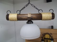 lamparas rusticas colgantes - Buscar con Google Ceiling Pendant, Pendant Lamp, Pulley Light, Rustic Lamps, Wooden Lamp, Living Room Lighting, Industrial Lighting, Chandelier Lighting, Country Decor
