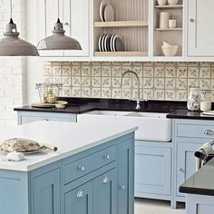 Vermont Freestanding kitchen from Fired Earth Rustic Kitchen Design, Country Kitchen, New Kitchen, Free Standing Kitchen Cabinets, Blue Kitchen Cabinets, Fired Earth, Vermont, Kitchen Splashback Tiles, Freestanding Kitchen