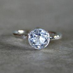 Clara blanco topacio anillo de plata esterlina por KiraFerrer