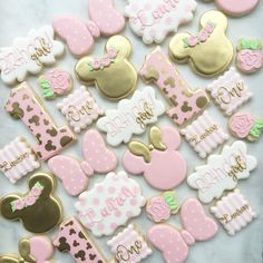 Pretty in pink Minnie Mouse ? Pretty in pink Minnie Mouse ? Minnie Mouse Party, Minnie Mouse Birthday Decorations, Minnie Mouse Cookies, Minnie Mouse First Birthday, Minnie Mouse Baby Shower, Minnie Mouse Pink, 1st Birthday Girls, Minnie Mouse Favors, Mickey Birthday