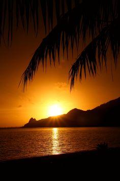 heaven-ly-mind:  Sunrise over MaupitibyRaphael Bickon Flickr