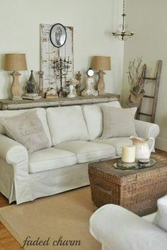 Dumbfounding Useful Ideas: Shabby Chic Furniture For Sale victorian shabby chic living room.Shabby Chic Bedroom On A Budget. Cottage Living Rooms, Shabby Chic Living Room, Home Living Room, Living Room Designs, Living Room Decor, Dining Room, Cottage House, Shabby Chic Interiors, Shabby Chic Homes